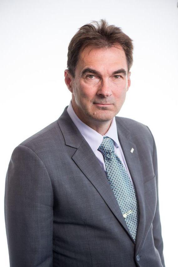 Kari Mäkinen - CRE Premises - Kaupallisten kiinteistöjen asiantuntija